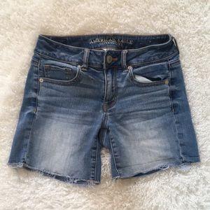 American Eagle super stretch jean shorts 4 stretch